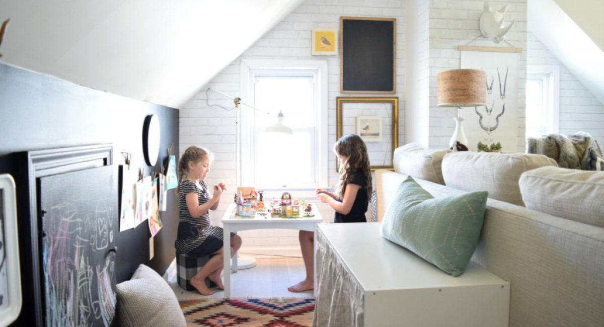 pretentious-tiny-house-with-kids-15-kids-space-in-a-tiny-house-on-home